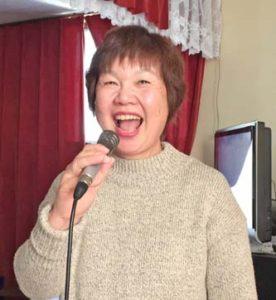 笑顔で歌う来ちゃん!